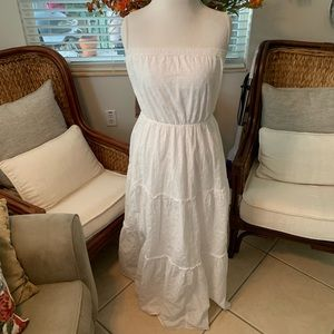 Old Navy Maxi White Dress Size XL Like New